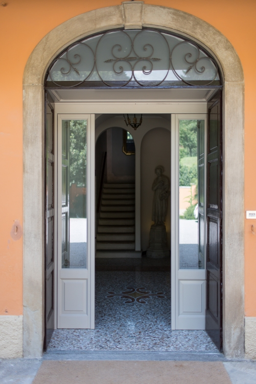The entrance door