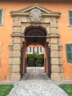 The courtyard of the villa in Montevecchia