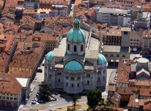 Como_(Italy)-cathedral