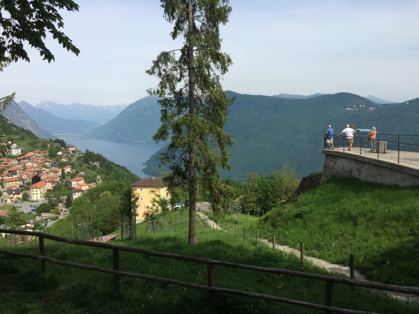 The overlook above Monte Bre
